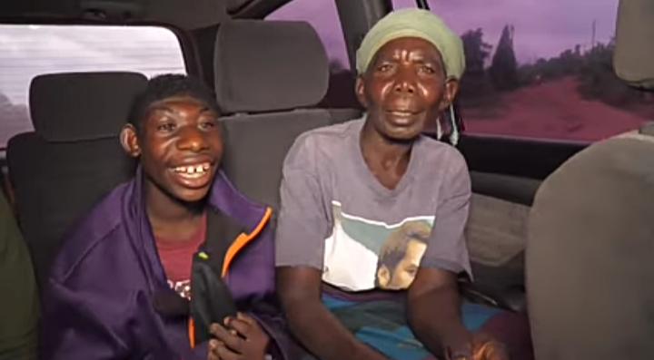 sanzimana Ely  and mother