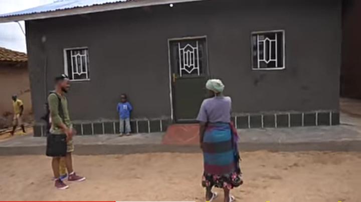 sanzimana Ely  house